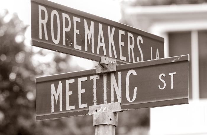 Street sign showing Ropemakers Lane and Meeting Street.